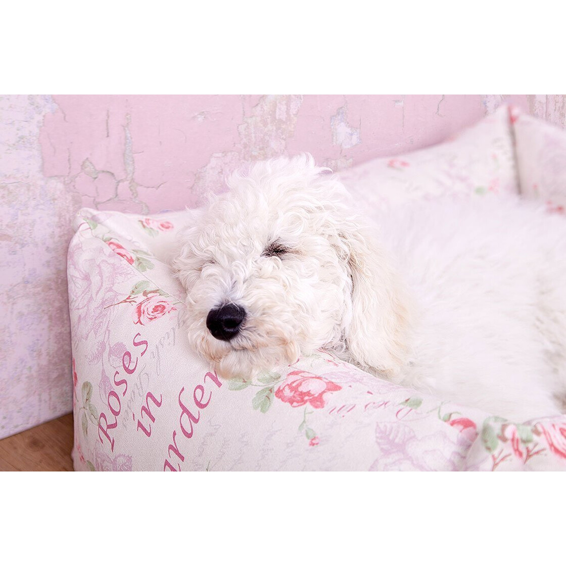 Knuffelwuff vintage dog bed emilia shabby chic 46 95 for Shabby chic dog